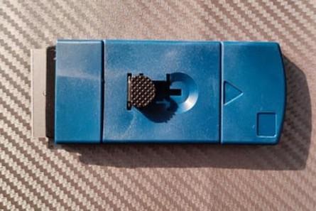 Sticker knife - blue